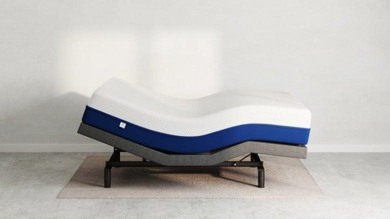 Amerisleep AS3 hybrid mattress side view