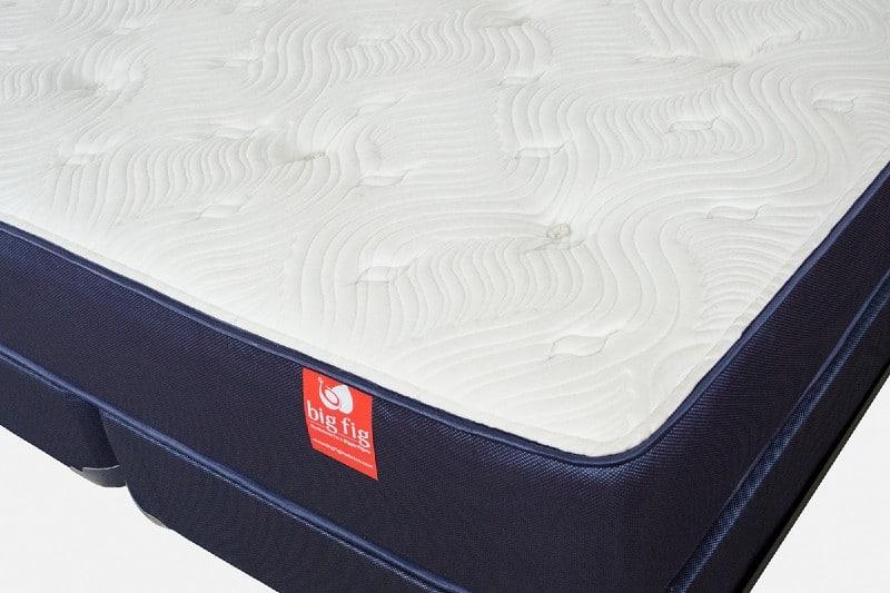 Big Fig hybrid mattress corner view