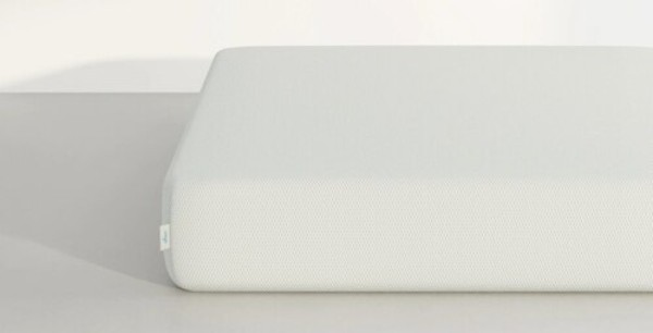 Vaya hybrid mattress side view