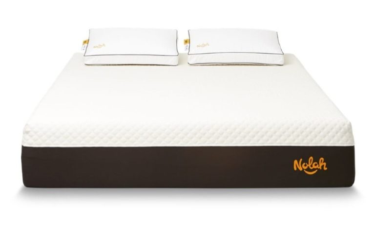 Nolah Signature mattress for side sleepers 2021 front view with pillows