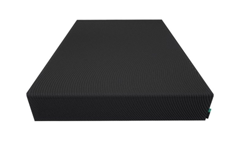 Tuft and Needle Mint memory foam mattress front view