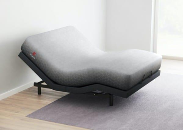 Zoma memory foam mattress side view