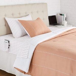AmazonBasics Reversible Microfiber Bed Comforter